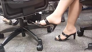 candid boss sexy legs heels at meeting