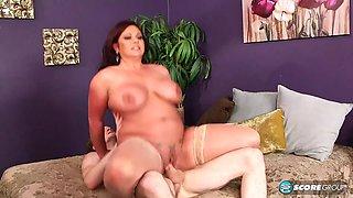 Big tits swinger