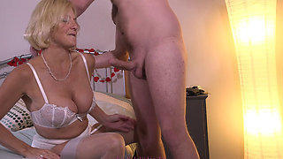 British Milf Blowjob Queen