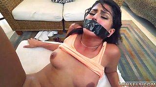 Monster facial Sophia Leone Gets It The Way She Wants It Hard