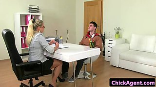 eurobabe tastes jizz after sucking in pov
