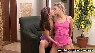 Ally & Jess in Anilingus Passion - SapphicErotica