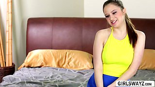 College lesbian perks Samantha Hayes and Elektra Rose gets lesbian intimate in bed