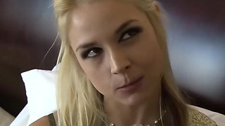 Perfect ass MILF suck big dick by her guy