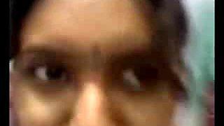 Sexy Notrth indian aunty boobs