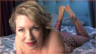 gorgeous mature mistress talks dirty for the camera