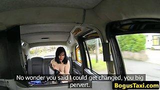 Amateur nurse rims and blows cabbie on spycam