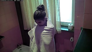 Hidden Cam - Ana from Madrid a day in my house