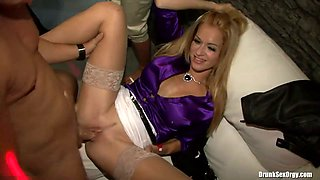 Massive dick is drilling wet snatch of a blonde whore fucking her in a club