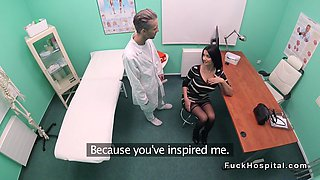 Raven haired hottie bangs her doctor