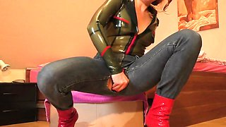 Milf Latex Masturbation 7