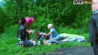 Drunk girlfriend Seduced On a Hot Picnic Bangs in the Woods