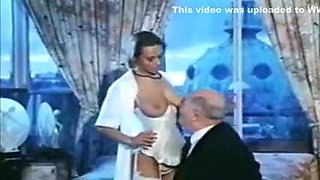 Retro Bustyt Babe - Marie-Christine Covi