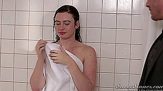 Jodi Taylor fucked in the shower