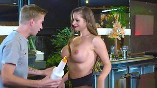 Brazzers - Big Wet Butts - A Fistful Of Heave