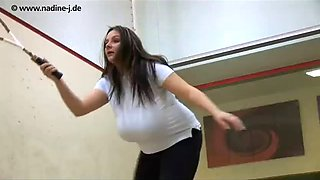 Nadine jansen playing tennis