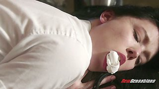 Libidinous hottie Bruce Venture gets her pussy fucked doggy style in the kitchen