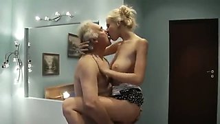 Pounding Big Tits Norsk Babe