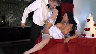 Bride gets a Fat Cock