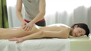 Innocent Massage Turns Into A Fucking Session