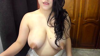 Beautiful Latin Tits Filled With Milk