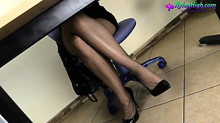 Blonde gets horny at work
