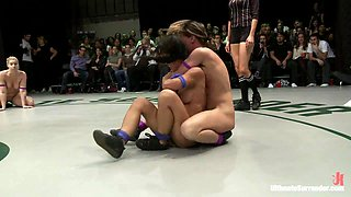 4 Girls Going Head To Head In Unscripted Live Wrestling In Front Of A Live Audiencebrutal Action - Publicdisgrace