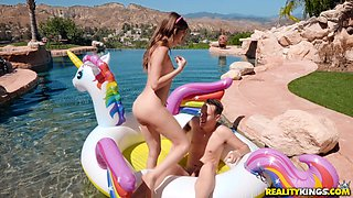 Slim babe Riley Reid gets her hairy cunt pounded by a friend outdoors