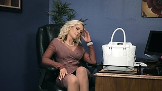 Brazzers - Moms in control - Doing The Dirty