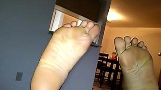 The barefoot mexican mamacita back w chronic sock