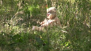pregnant goloy milf, strolls in the forest. hidden camera peeping