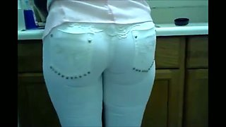 Amazing compilation video with amateur girls wearing tight jeans