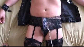 Crossdresser Slut-Fisting and Pissing P1
