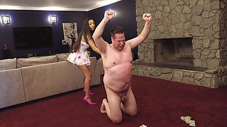 Slave gets hard whipping punishment from sadistic brunette mistress