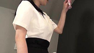 Yui Satonaka enjoys vibrator over her pussy and ass