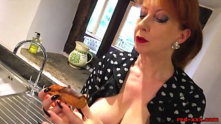 Red XXX fucks the rolling pin in the kitchen