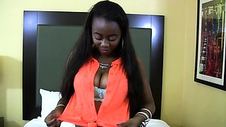 Exquisite ebony maid Mya Mounds caresses nana