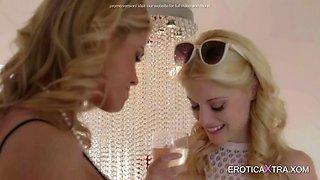 elegant blondes have lesbian fun
