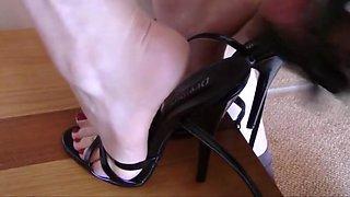 Cum In Heels