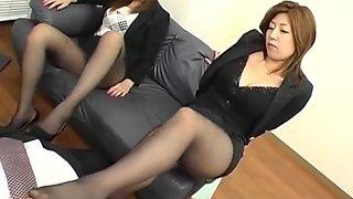 Leggy Office Women Pantyhose Footjob