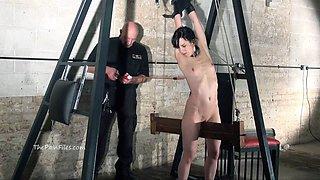Extreme electro bdsm and wooden device bondage of slave Elis