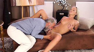 OLD4K. Horny Geography teacher gives student