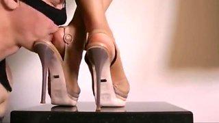 Foot and shoe worship - close up