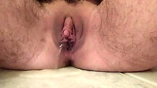 wet clit hairy pussy peeing