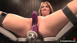 solo model is punished by sex machine