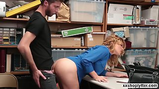 Blonde krissy lynn invites a dude inside her office cause she steals something in the mall when she started the