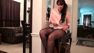 American moms in pantyhose Lauren, Jewels and Lexy